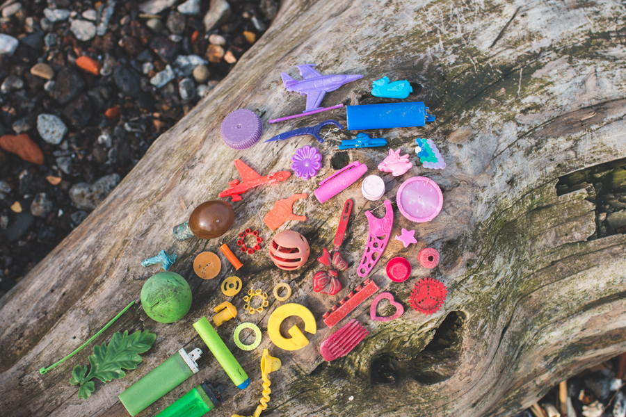 beach trash, gradient, rainbow, lake erie, plastic, pollution
