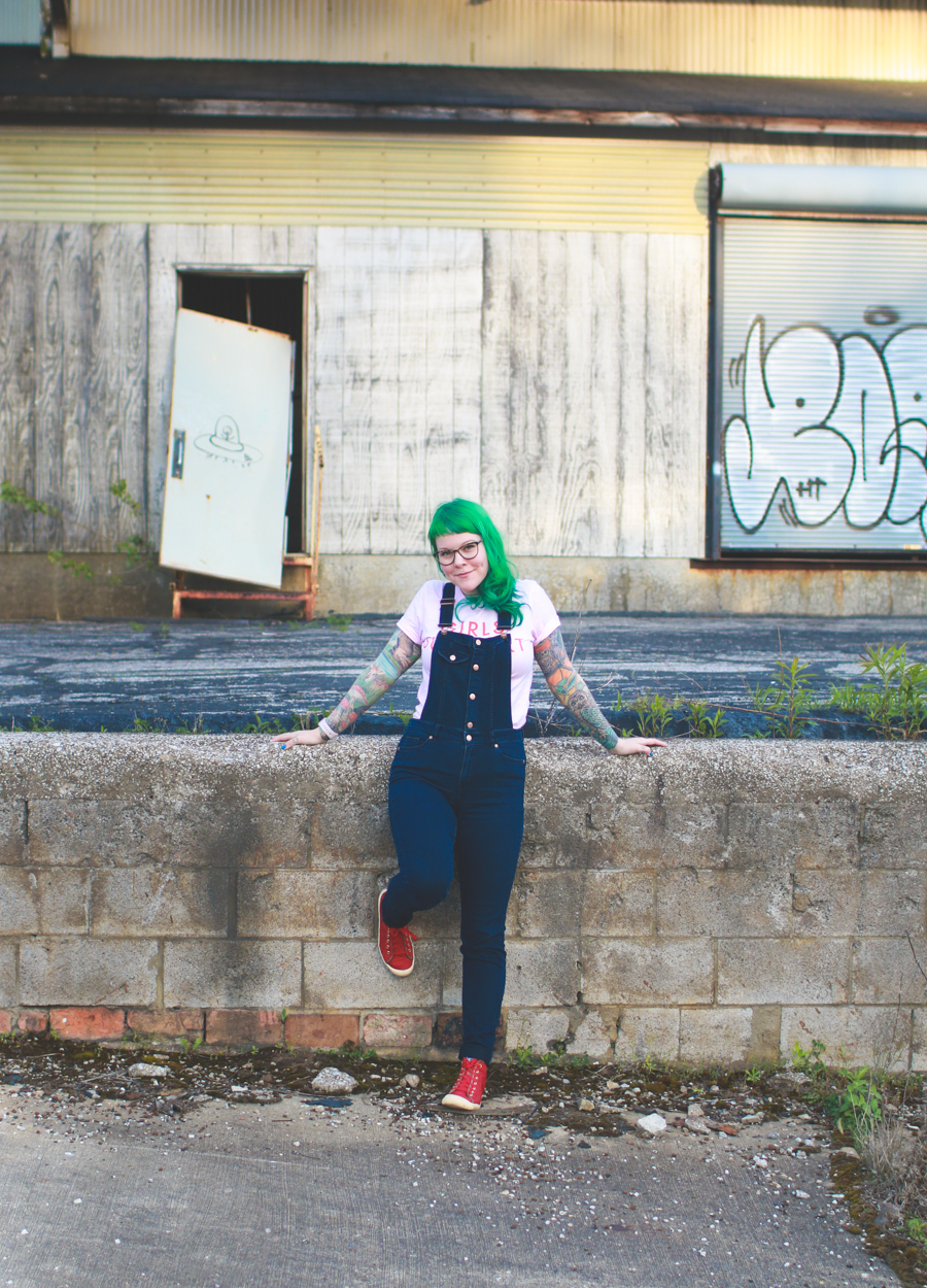 kaylah doolan, overalls, what I wore, cleveland fashion blog, green hair, cleveland blog